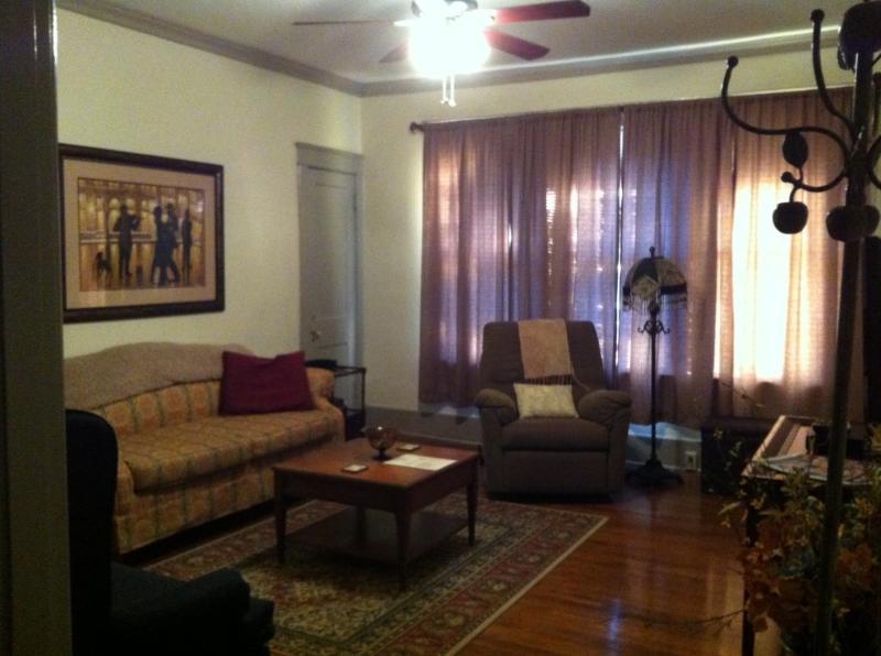 Memphis Belvedere Suites 1 Bedroom Apt flat - Image 1 - Memphis - rentals