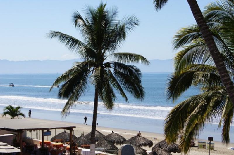 Condo Bahia Del Sol - Image 1 - Nuevo Vallarta - rentals