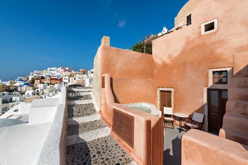 Santorini Villa in the Village of Oia - Villa Penelope - Image 1 - Oia - rentals