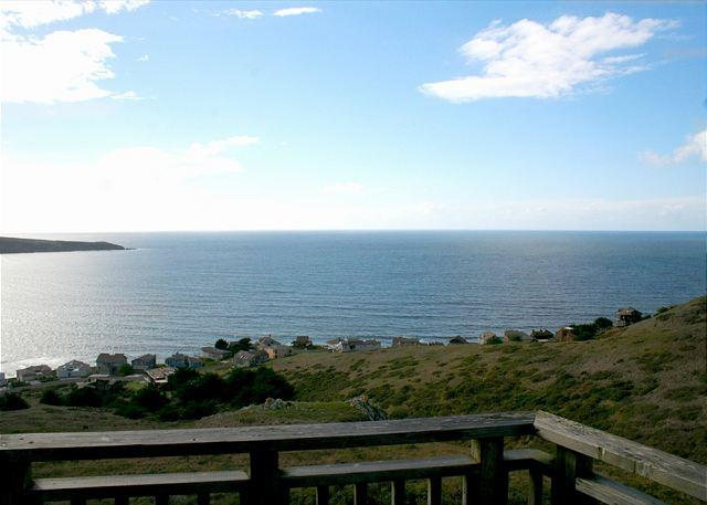 """Bella Oceana"" New! HUGE VIEWS!Deck! HOTTUB!3rd night 1/2 Price thru May 15th - Image 1 - Dillon Beach - rentals"