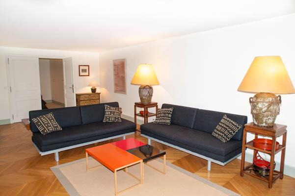 Exclusive Paris Apartment Between Concorde and Madeleine - Image 1 - 7th Arrondissement Palais-Bourbon - rentals