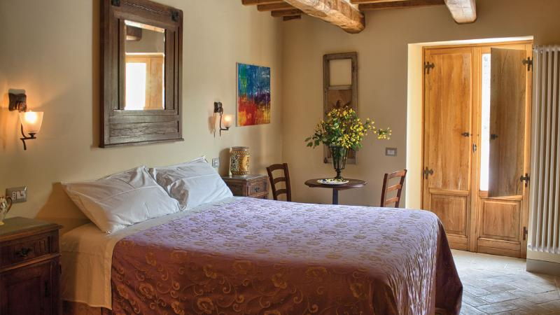 yellow room - 4 Bedroom Tuscan Farmhouse at Agriturismo il Capan - Pieve Santo Stefano - rentals