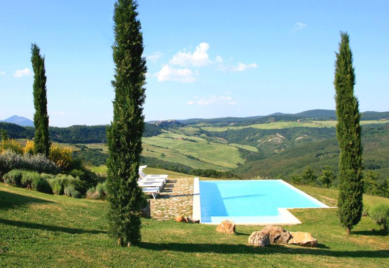 Infinity Pool - Luxurious hilltop villa between Tuscany & Umbria - Trevinano - rentals