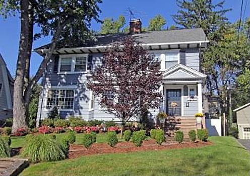 Beautiful colonial just steps from two parks, train and bus to NYC. - Super Bowl In Style - 5 bedroom house sleeps 9! 9 miles from stadium! - Upper Montclair - rentals