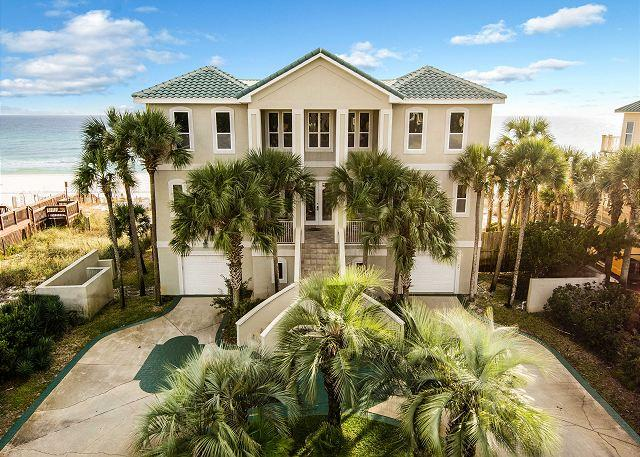 Welcome to Castle on The Beach! Gulf Front 7 Bed/6 bath sleeps 2 - CASTLE ON THE BEACH, LUXURY! $500 OFF TOTAL RATE WHEN BOOKED FOR 2016 DATES!! - Miramar Beach - rentals