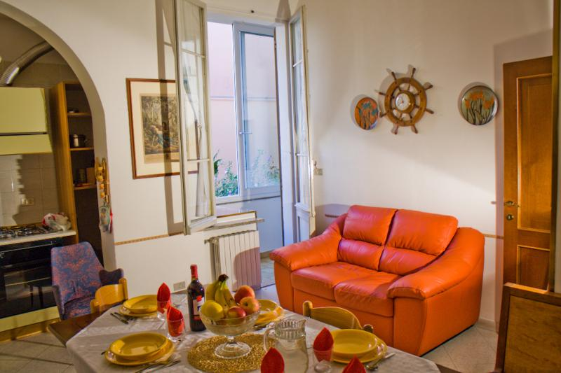 Welcome! We wish you a great stay at THE BERRIES! - THE BERRIES - Quiet, Comfy, Safe Family House - Bologna - rentals