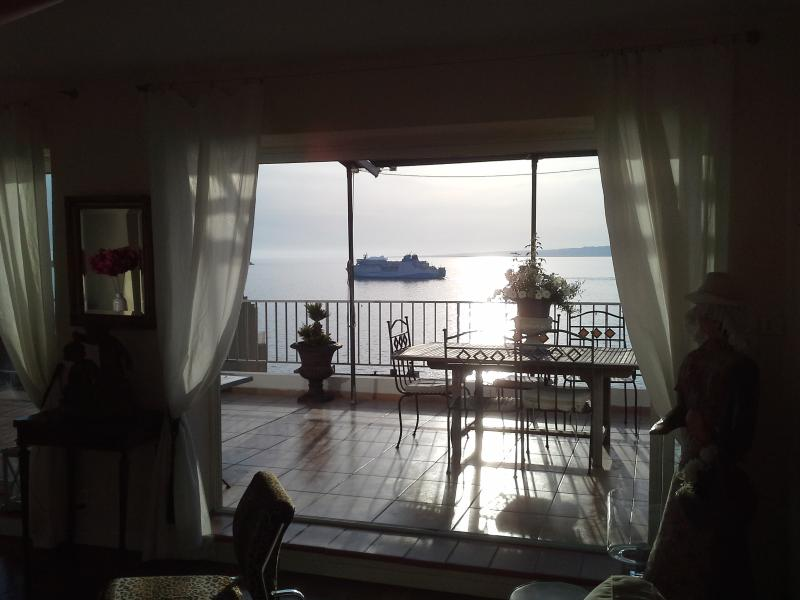 view over the sea - magnificent view over the mediterranean with large - Marseille - rentals