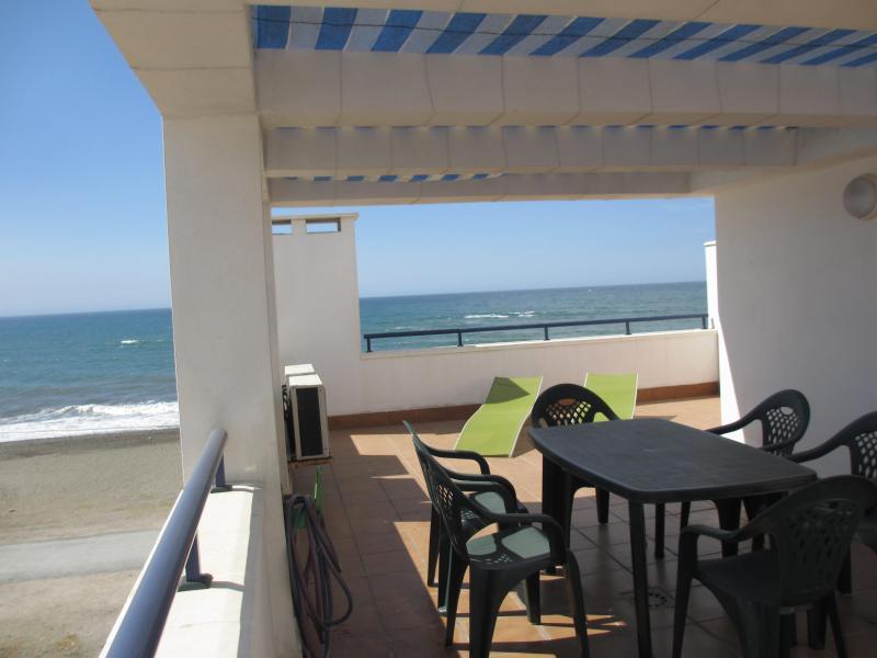 Terrace - Beachfront Rincon 5,WIFI,A/A,garage,terrace,solarium - Rincon de la Victoria - rentals