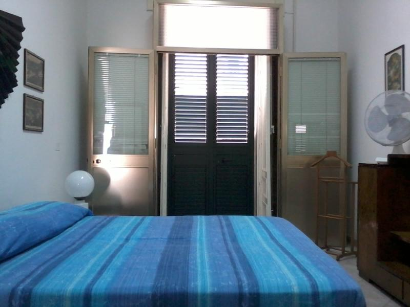 Bedroom - Sleeping in the ancient market - Pachino - rentals