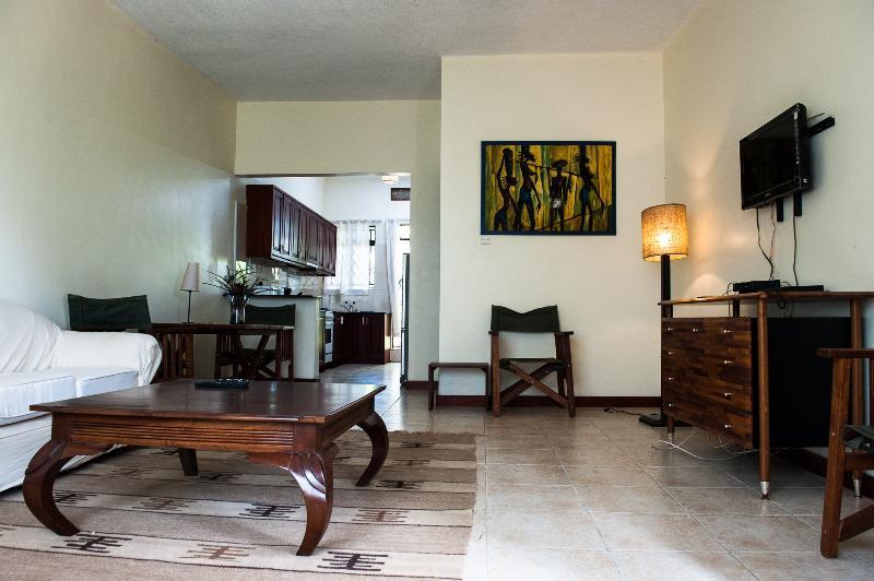 Living room - Soho Greens Apartment Two - Kampala - rentals