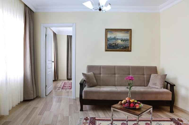 Sultanahmet - Istanbul, 1 BR Apt, 45 Sqm, 2nd FL - Image 1 - Istanbul - rentals