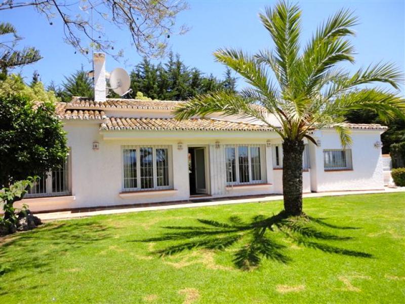 Villa Pepa Rio Verde - Image 1 - Marbella - rentals