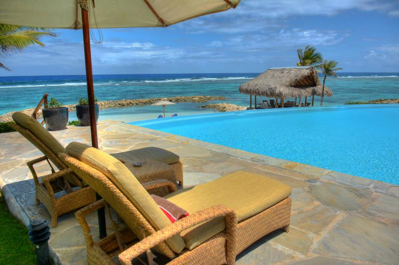 Corales 18 - Ideal for Couples and Families, Beautiful Pool and Beach - Image 1 - Punta Cana - rentals
