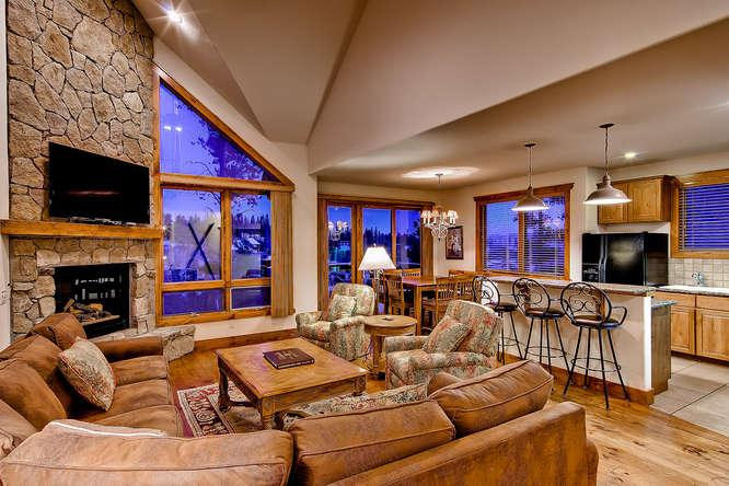 Retreat at Saddlewood - ski in/out, hot tub - Image 1 - Breckenridge - rentals