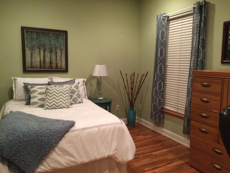 Hoboken Super Bowl Apartment- 2 Bedrooms - Image 1 - Hoboken - rentals