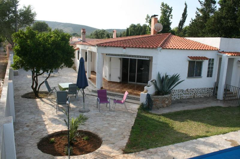 Chalet with own pool - Image 1 - Peniscola - rentals