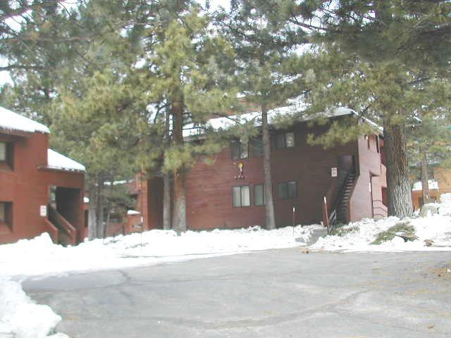 Upgraded, One Bedroom, Plus Loft, Sleeps 6 - Image 1 - Mammoth Lakes - rentals