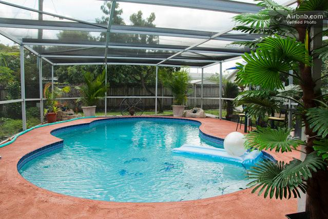 pool - WELCOME..................HOME - Hollywood - rentals
