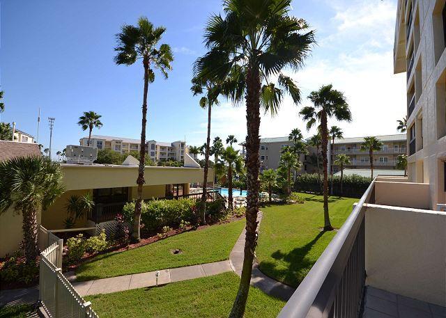 Boca Vista 213 - Madiera Beach condo - pool, spa, tennis courts & boat slip - Image 1 - Madeira Beach - rentals