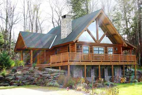front - Olympic Lodge - Stowe - rentals