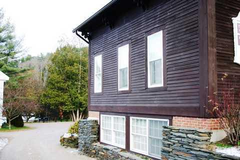 front2 - Village Comfort - Stowe - rentals