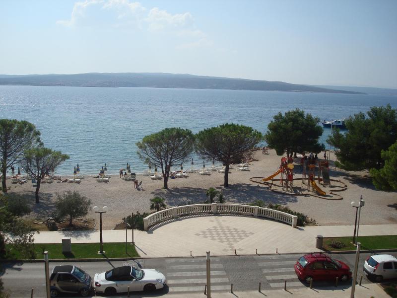 BEACH APARTMENTS IN THE CENTER - APP 1 (2+3) - Image 1 - Crikvenica - rentals