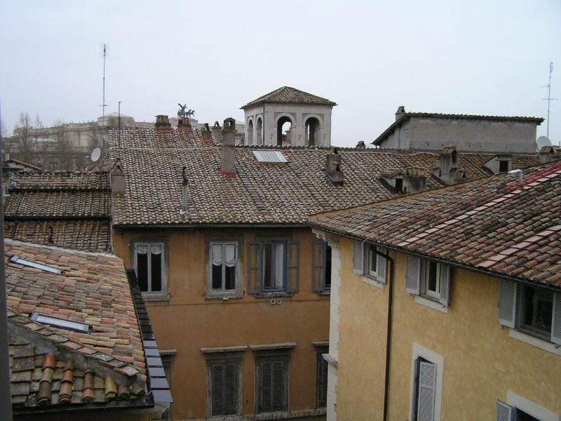 view - loft like apartment with a roof view - Rome - rentals