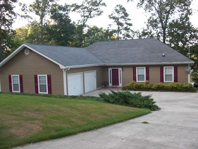 Awesome *Lakefront* 4 Bedroom 3 & 1/2 Bath with Private Boat Dock - Image 1 - Crane Hill - rentals