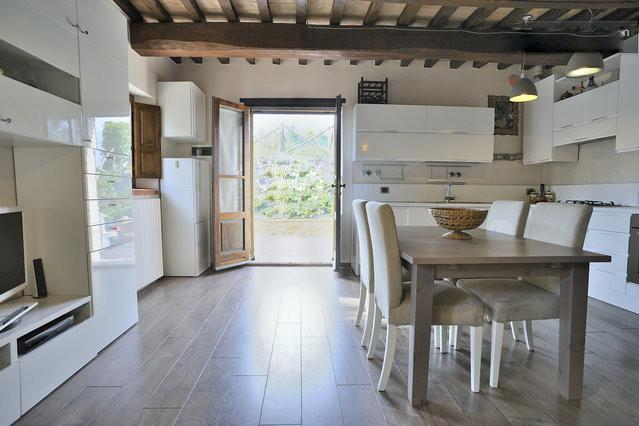 4-person Umbrian Country House - Image 1 - Montone - rentals