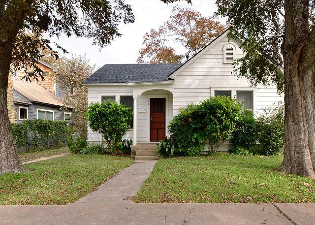 Front - 2BR Home Right Off SOCO! - Austin - rentals