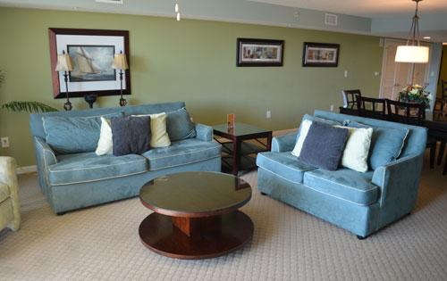 Spacious living area with patio access - Great 2BR @ Yacht Club w/ WiFi/huge pool 2-102 - North Myrtle Beach - rentals
