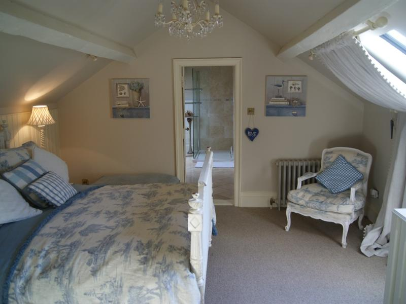 The Groom's Suite - sleeps up to 5 - Willington Lodge  - A Very Special Place to Stay - Whitchurch - rentals