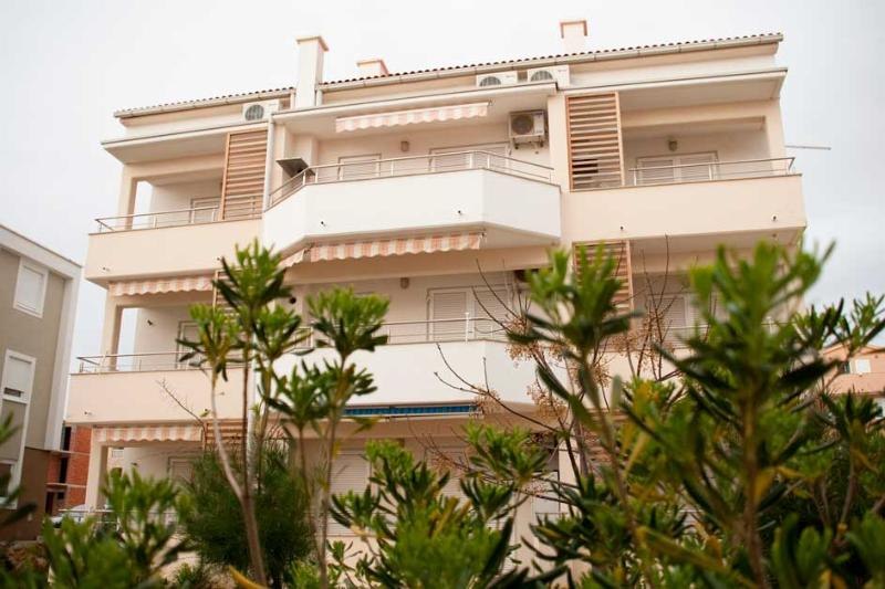 1_Main moder house with apartments - Spital A - Novalja - rentals