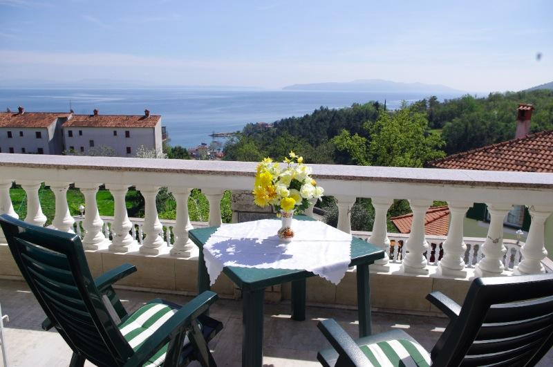 Edina R. - 101 - studio apartment for 2 persons - Image 1 - Opatija - rentals
