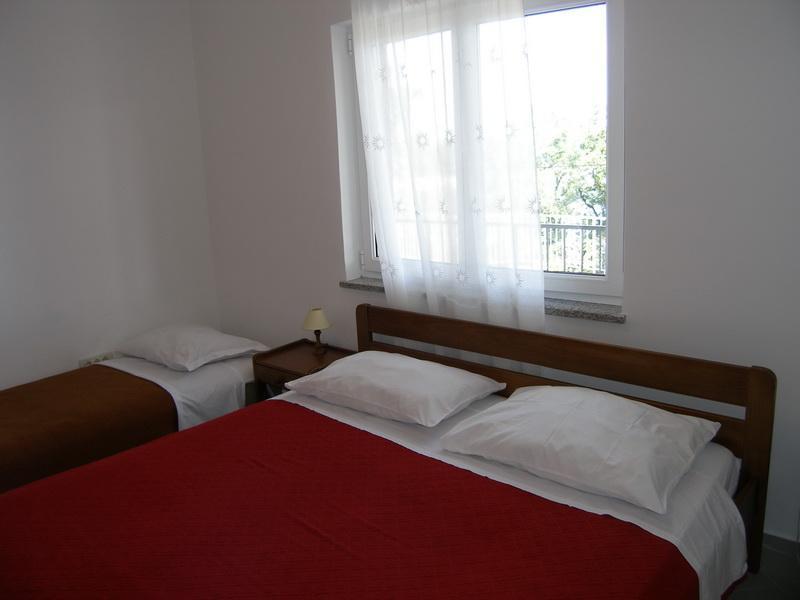 Great  Lovran apartment for 7pax - MEDVEJA 5 - Image 1 - Lovran - rentals