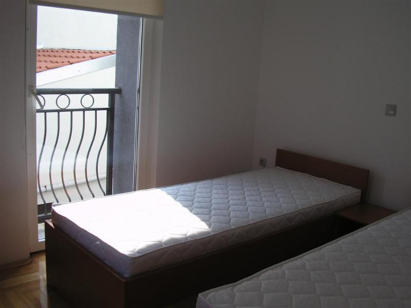 Cozy apartment Toti 3 for 4 in the city center of Novalja - Image 1 - Novalja - rentals