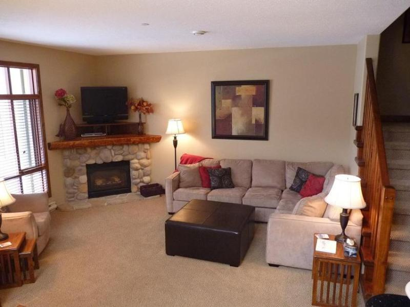 Warm and inviting living area with gas fireplace. - Woodhaven 33 - Sun Peaks - rentals