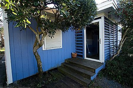 Front Entrance  - Island Hideway - 405 N. Anderson Blvd, Topsail Beach. - Topsail Beach - rentals