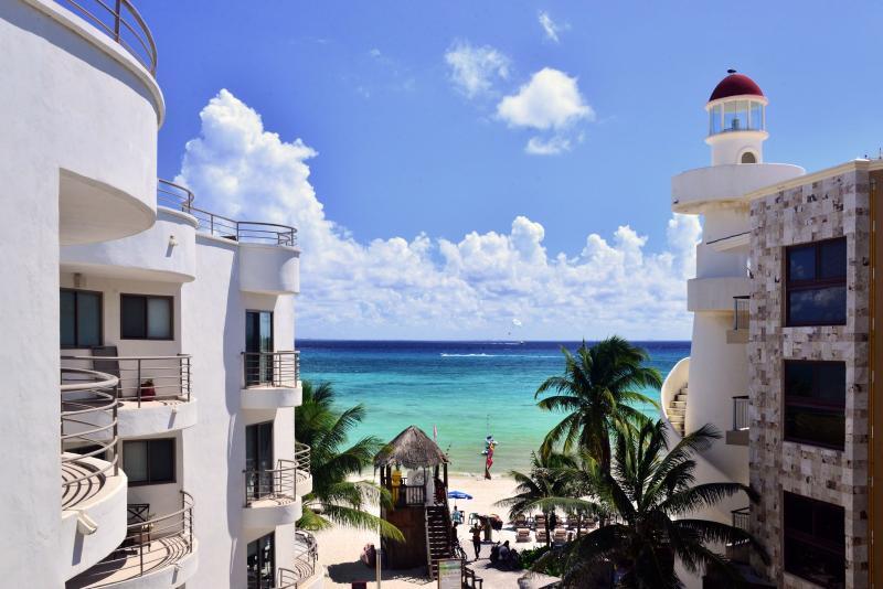 Luxurious beachfront condo 2-bdrm, 2-bath (CM302) - Image 1 - Playa del Carmen - rentals