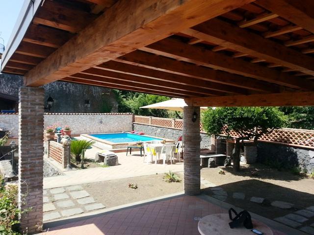 CASA DEL SOLE: Sicilian villa with private pool and stone oven - Image 1 - Riposto - rentals
