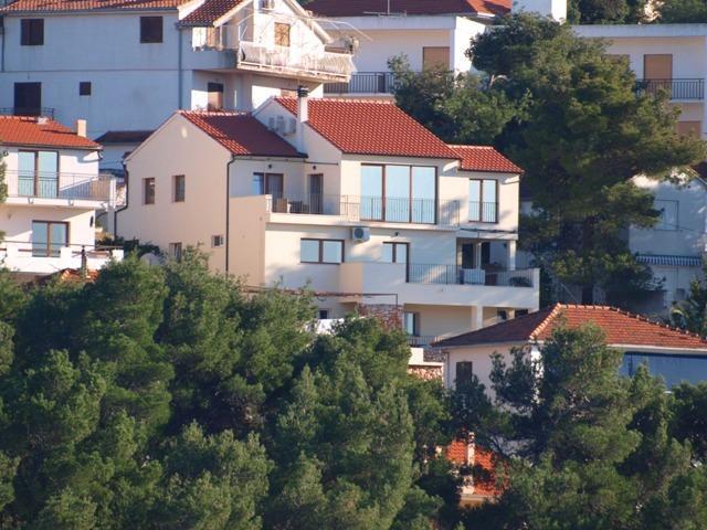 Penthouse Deluxe - Image 1 - Jelsa - rentals