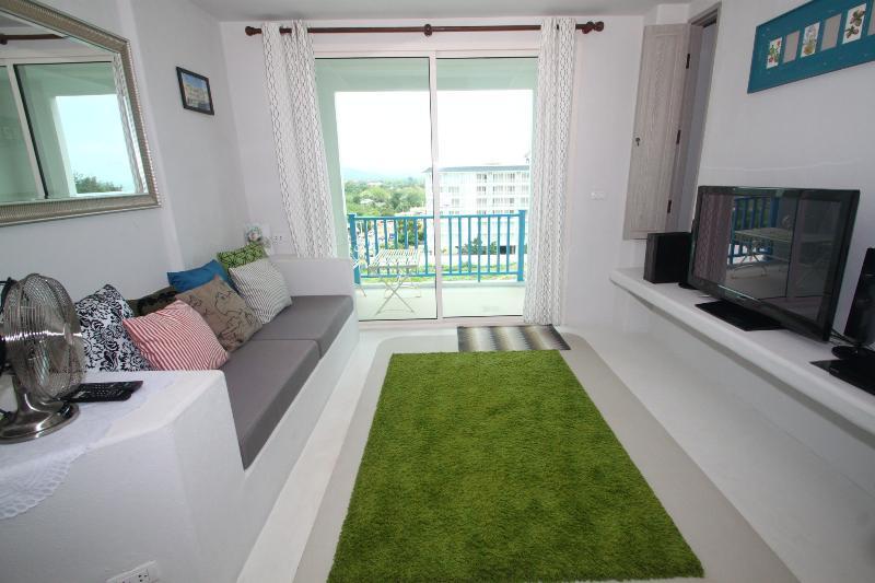 Tranquil Beachfront Condomium; Chelona - RFH000258 - Image 1 - Hua Hin - rentals