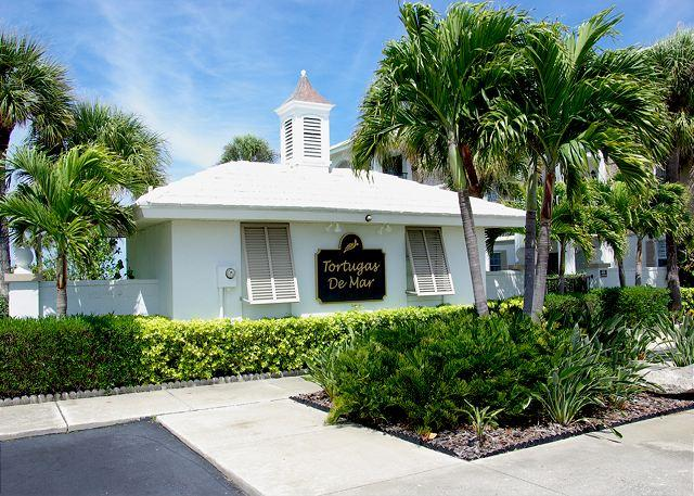 Front signage - Belleair Beach Beauty!  Very Quiet Complex with Pool! 30 Day Minimum Stay. - Belleair Beach - rentals
