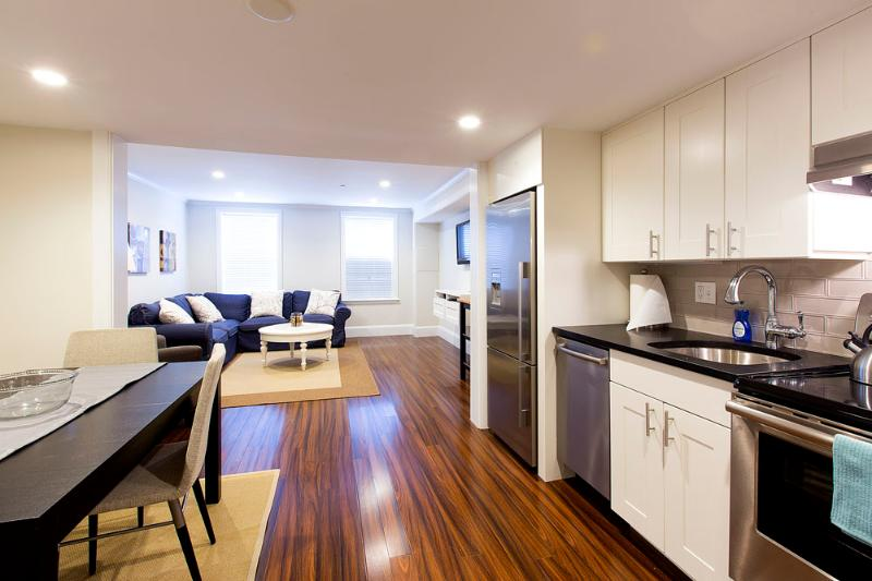 Beacon Hill Boston Furnished Apartment Rental 94 Charles Street Unit 1 - Image 1 - Boston - rentals