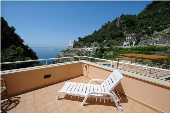 Apartment Nettuno in Maiori - Image 1 - Maiori - rentals