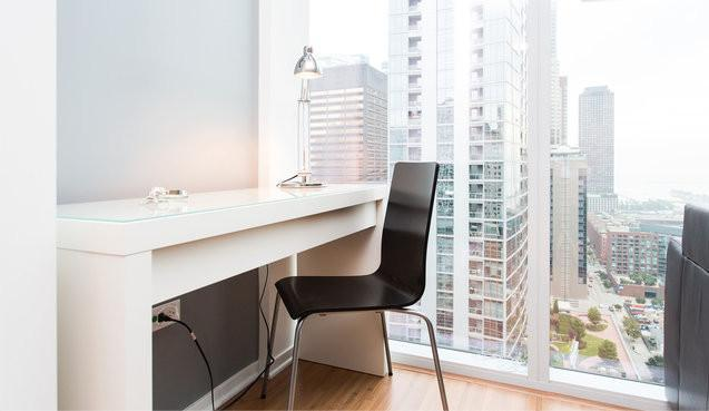 Michigan Avenue 24th floor Condo/Hotel located on the Magnificent Mile! - Image 1 - Chicago - rentals