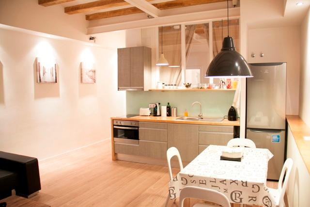 Stylish Flat In The Center Of Barcelona - Image 1 - Barcelona - rentals