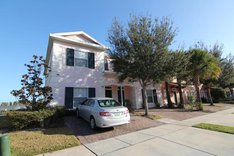 Yout villa in the Coral Cay Resort - Lakefront, gated 4Br/3Ba, 6mi2Disney, WiFi, Jacuzzi - Kissimmee - rentals