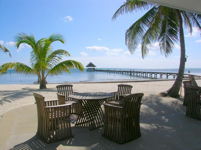 Your view from the pool bar! - Beachfront with pool, bikes, kayaks & more! - San Pedro - rentals
