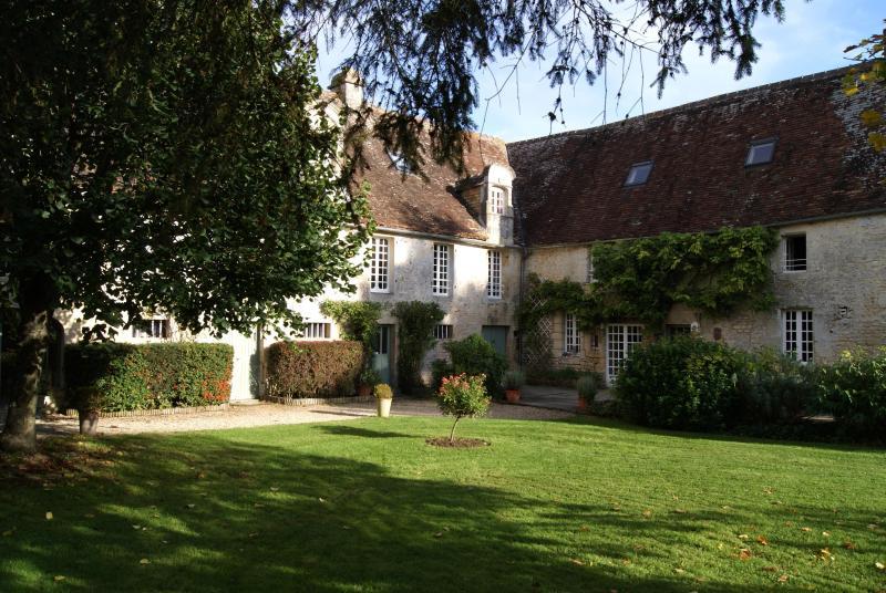 MANOIR DE LA PATAUDIERE PRESSOIR Falaise Normandy - Image 1 - Falaise - rentals